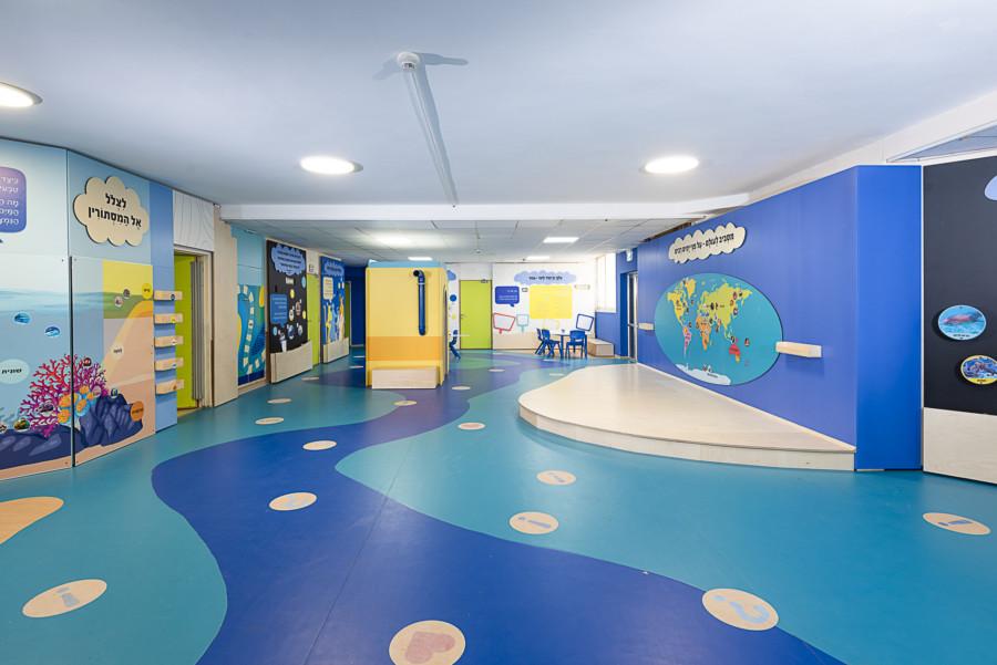 מרחב ציבורי בבית הספר עיצוב: עידית אבו