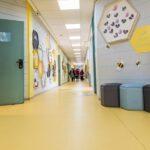 עיצוב מסדרון בית ספר